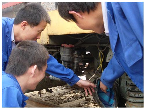 石家庄铁路职业技工学校铁道车辆检修专业实训 铁道车辆检修 中专中技