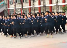 石家庄铁路职业技工学校跑操比赛