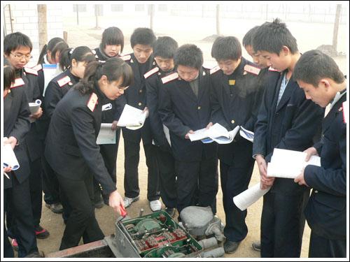 石家庄铁路技校铁道信号专业实训 铁道信号(2011年) 中专中技