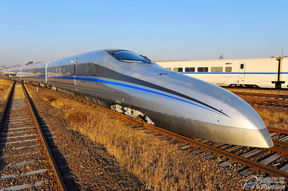青岛高速度试验列车 青岛四方新产500公里时速试验列车最新大图 资料