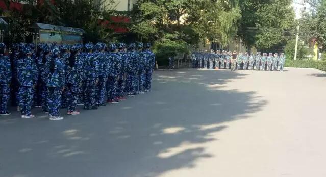 军训6.jpg 石家庄铁路技校2017新生军训 学校图片 第2张